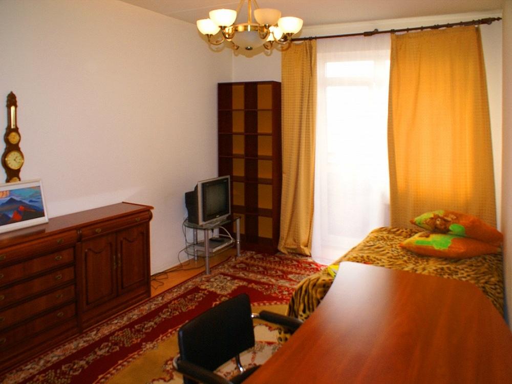 квартиры в Новосибирске посуточно недорого на Блюхера 61