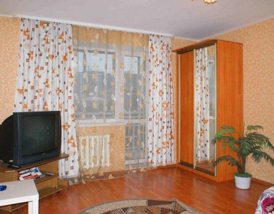 снять квартиру посуточно на улице Новогодняя 12