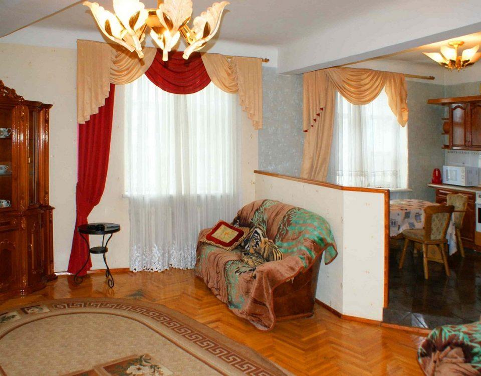 снять квартиру в новосибирске посуточно на Ватутина 19